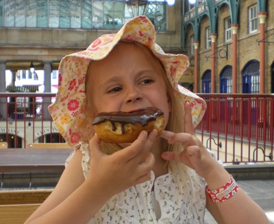 2-amalie-doughnut.jpg