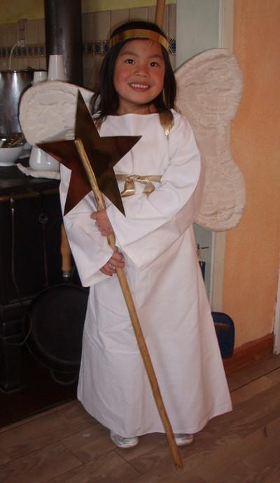 johanna-som-stor-engel.JPG